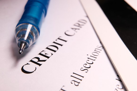 credit cards hurt your credit score