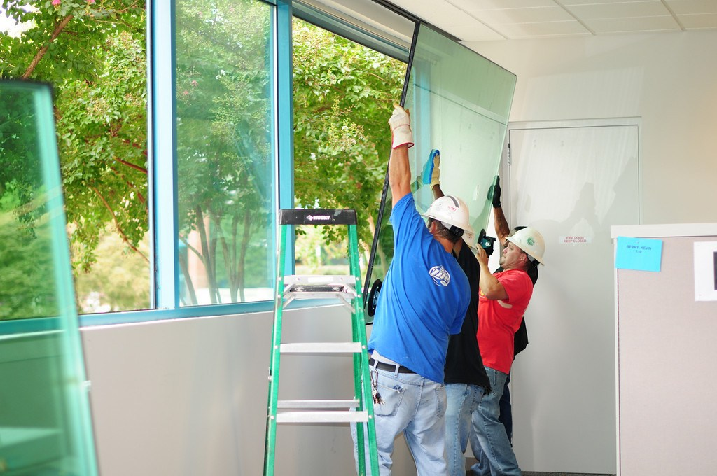 4 Factors to Look for In Window Repair Services