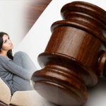 How to Choose and Hire the Right Divorce Lawyer For You