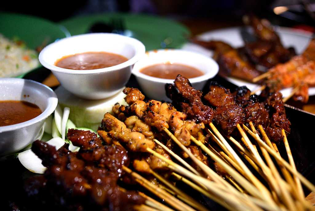 A Quick Guide For Singapore Food Tour