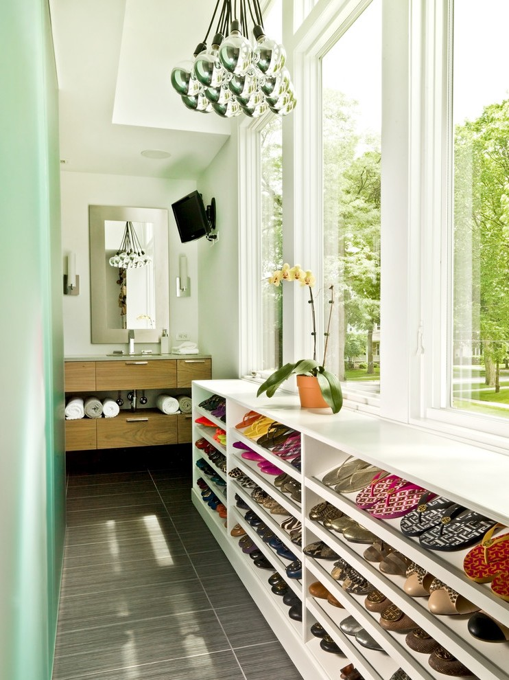 SHOE STORAGE SOLUTIONS: BEST FOR SMALL SPACES