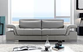 Top Tips To Buying And Arranging Your Living Room Furniture