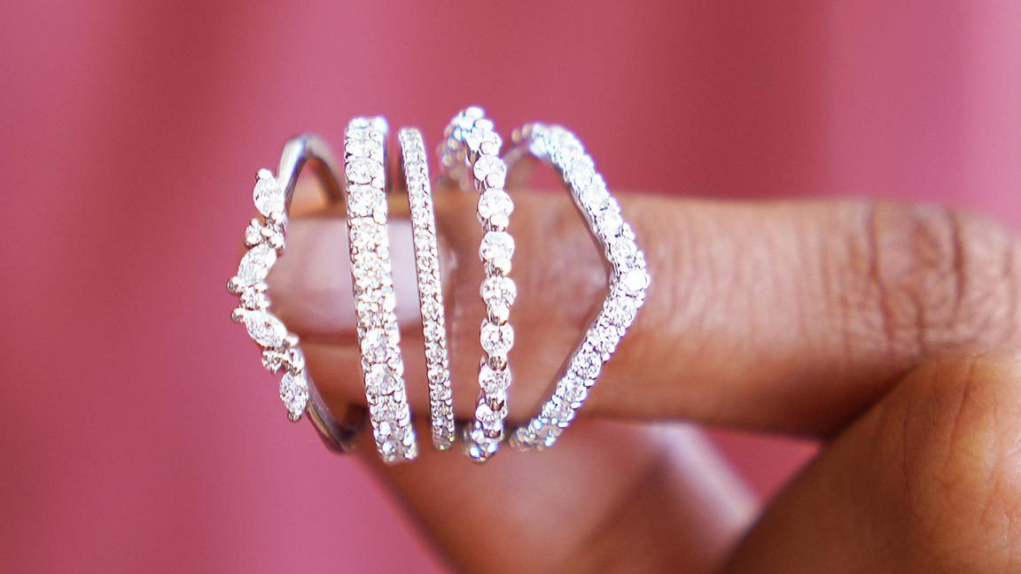 Diamond jewelry marked as priceless, as the essence of the relationship we carry